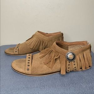 Coconuts by Matisse Fringe Sandals Size 11 M